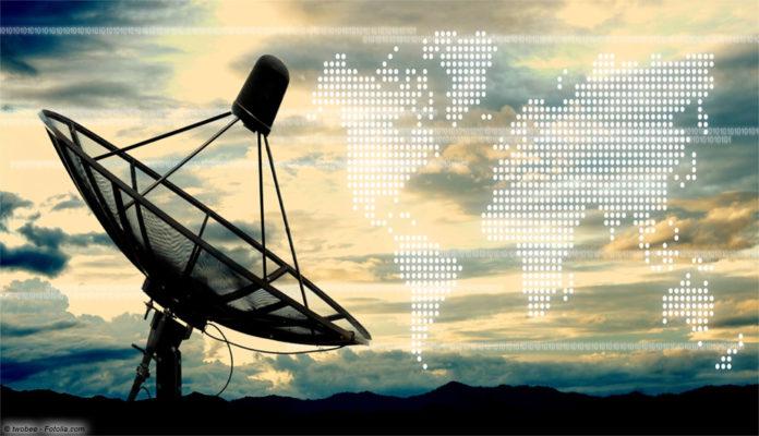 Satellit, Bild: © twobee - Fotolia.com
