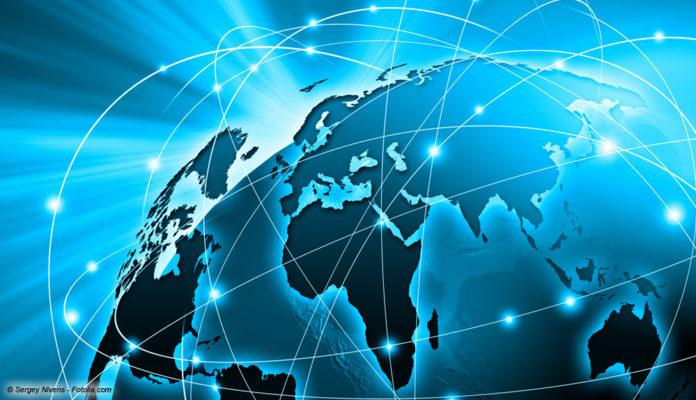 Internet; Bild: © Sergey Nivens - Fotolia.com