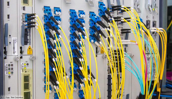 Telekom und EWE bringen Glasfaser-Ausbau auch aufs Land