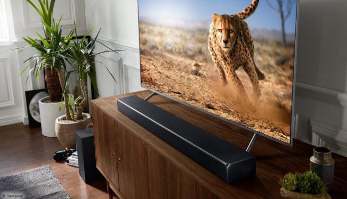 QLED Soundbar, Fernseher LCD Samsung; © Samsung