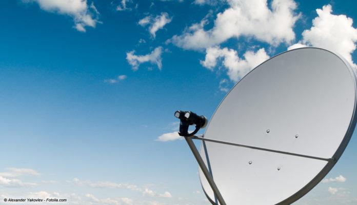 Satellit Sat-Schüssel © Alexander Yakovlev - Fotolia.com