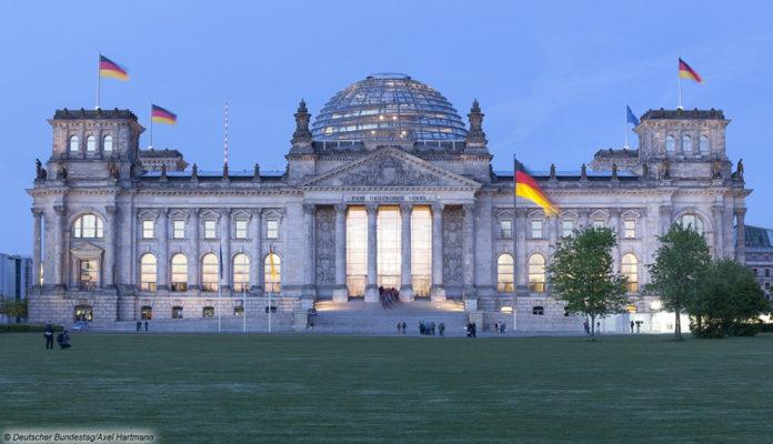 Reichstag Bundestag Politik Parteien Demokratie; © Deutscher Bundestag/Axel Hartmann