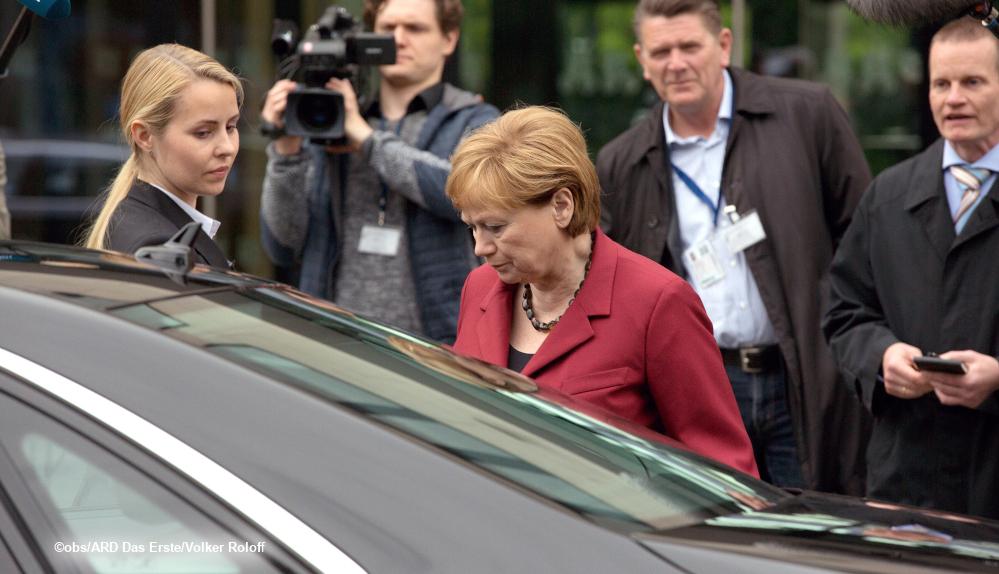 Merkel Live Heute Im Fernsehen