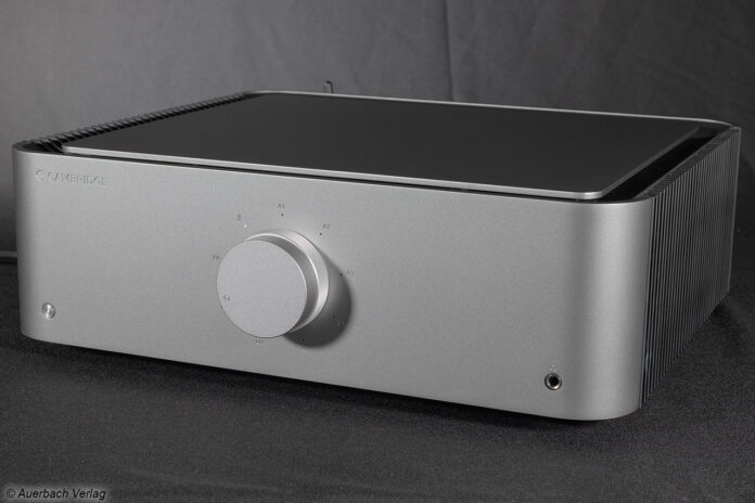 Cambridge Audio Edge A Stereovollverstärker Verstärker Integrated Amp Test Review News Front Panel Vorn Ansicht Silber Silver