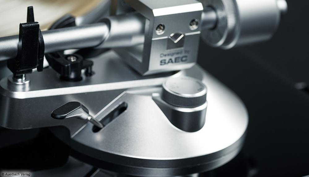 TEAC TN-3B Plattenspieler Schallplattenspieler Turntable Test News Review Tonarm SAEC