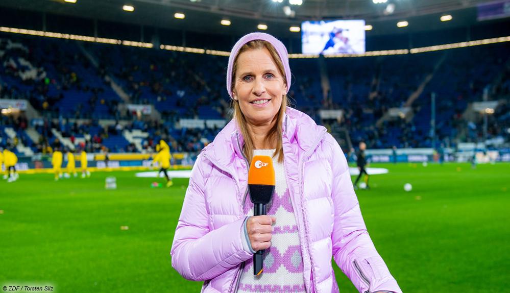 Kathrin Müller-Hohenstein ist für das ZDF als Moderatorin beim Nations League Spiel der DFB-Elf gegen die Ukraine im Einsatz