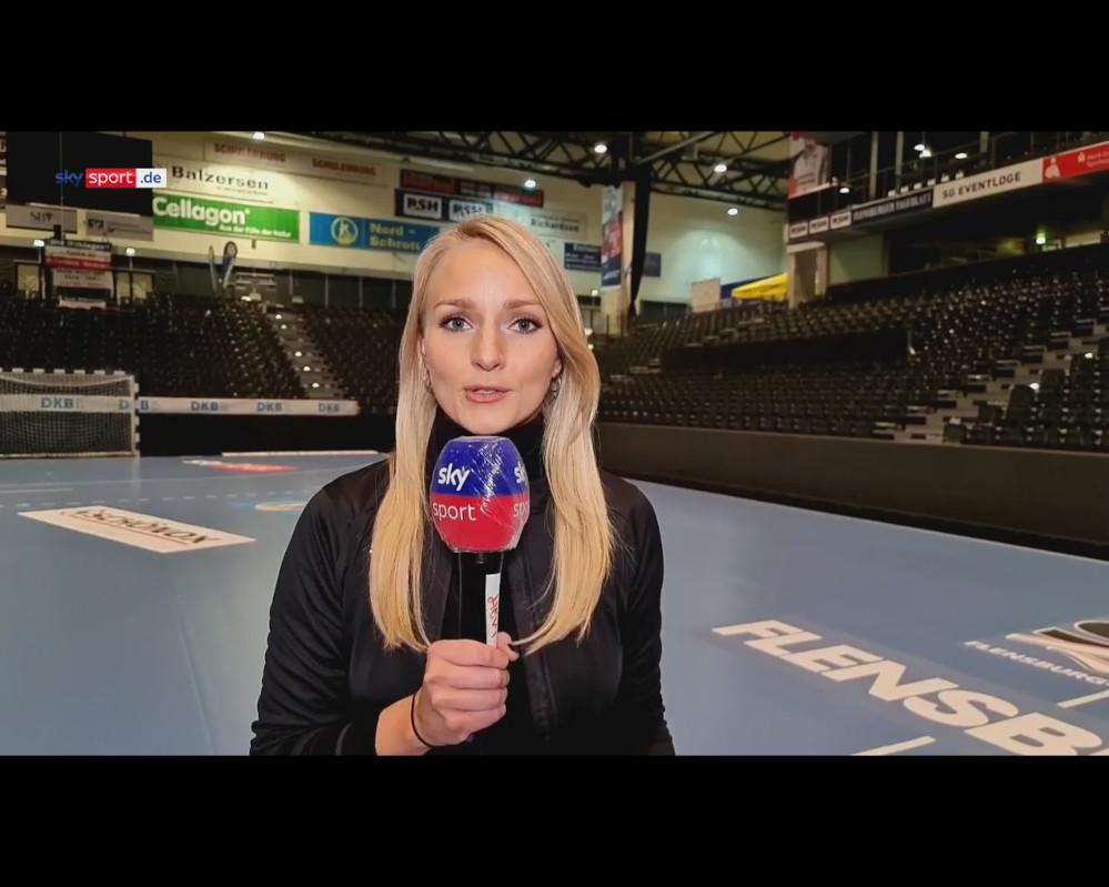 Katharina Kleinfeld erklaert 5G-Produktion der Handball-Bundesliga