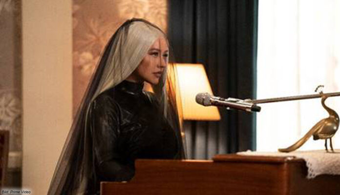 """Christina Aguilera in """"The Yearly Departed"""" bei Amazon Prime Video"""