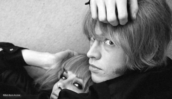 Brian Jones und Freundin
