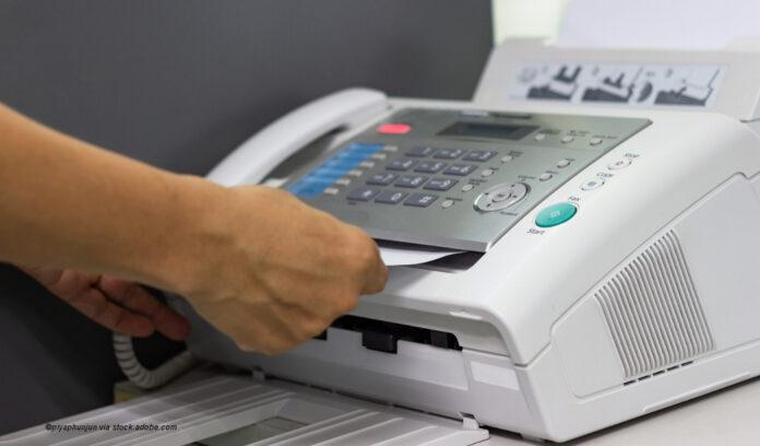 fax ©piyaphunjun via stock.adobe.com
