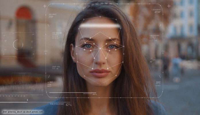 Gesichtserkennung auf Fotos im Internet