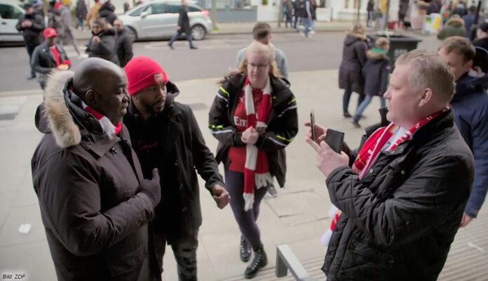 """""""Schwarze Adler"""": Eine Doku über Rassismus im Fußball"""