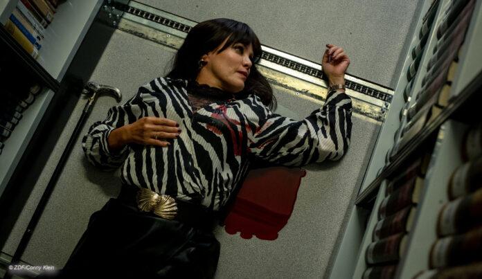 Sonja Kirchberger als Leiche in